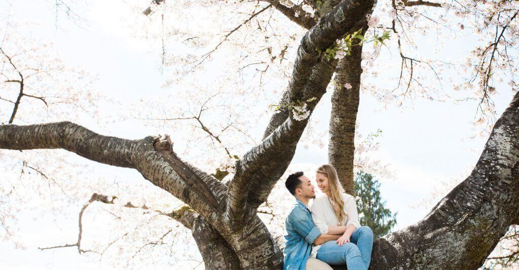 Vancouver wedding photographer queen elizabeth engagement session