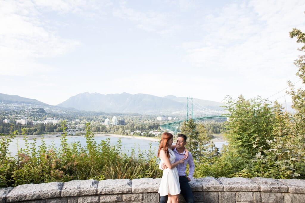 Vancouver wedding photographer Stanley park engagement session