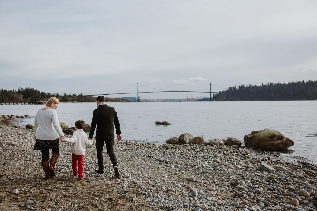 Vancouver photographer family session west vancouver