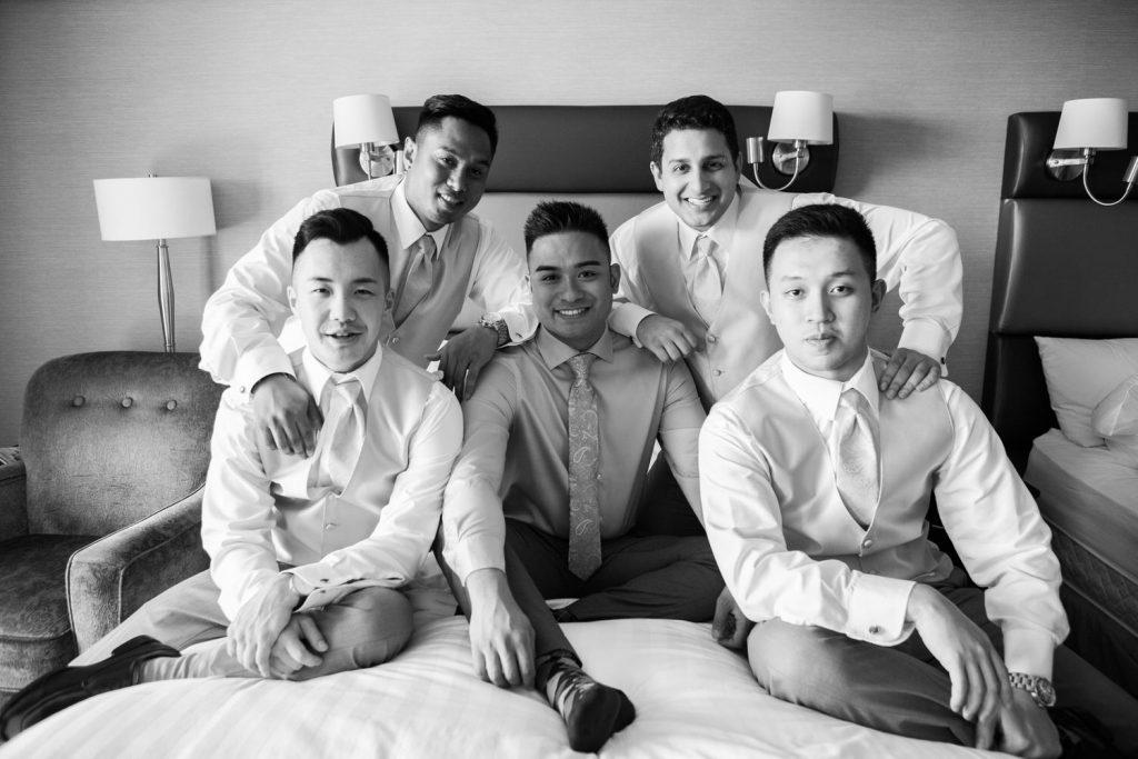 Vancouver wedding photographer sandman hotel getting ready